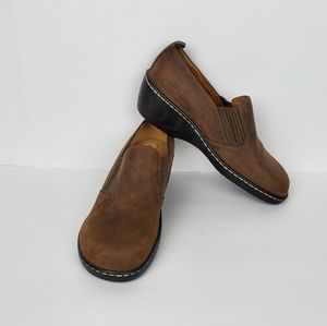 Softspots NWOT Brown Loafers Women 9W